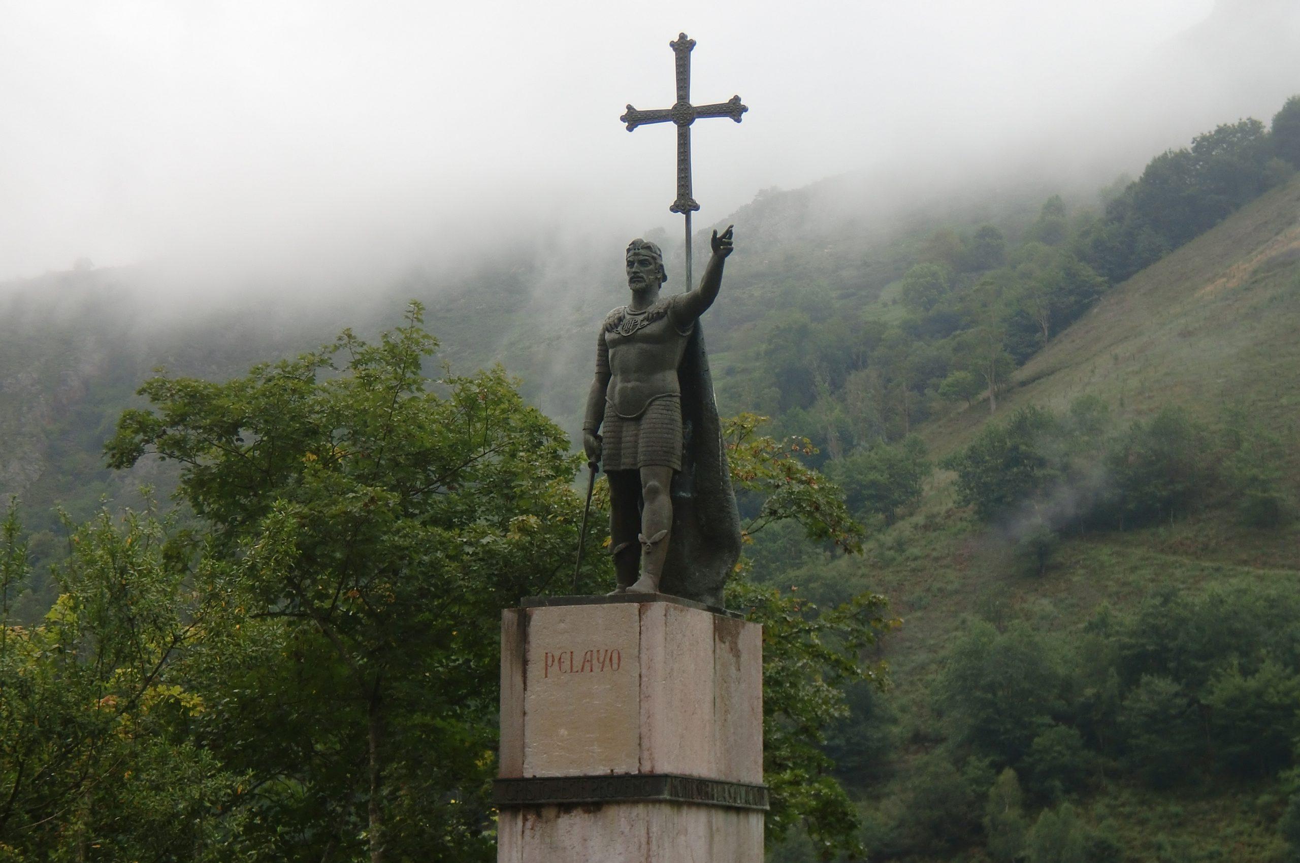 Estatua_de_Don_Pelayo